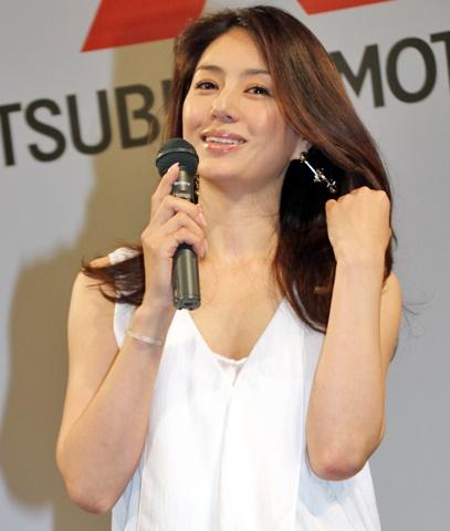 井川遥 髪型 セミロング CM-2